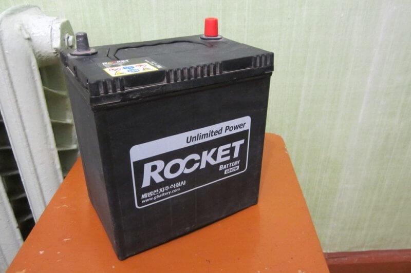 Щтатный аккумулятор авто Daewoo Matiz